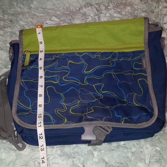b2f6ee9d6aa6 embark Other - 🔥🔴 Embark Messenger School Bag Unisex